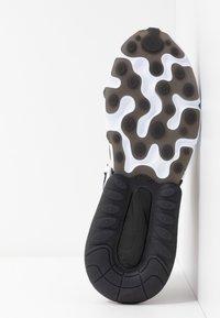 Nike Sportswear - AIR MAX 270 REACT - Joggesko - black/white/bleached coral/metallic gold/university red - 8