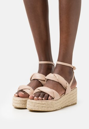 LAKE - Korkeakorkoiset sandaalit - nude