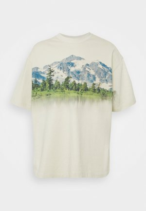 MOUNTAIN SCENE GRAPHIC - Print T-shirt - ecru