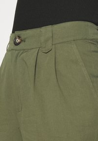 Minimum - AGNESA  - Pantalones - fir green - 4