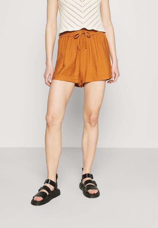 DRAWSTRING PAPERBAG - Shorts - rust