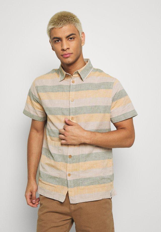 AKDELANEY SHIRT - Shirt - green