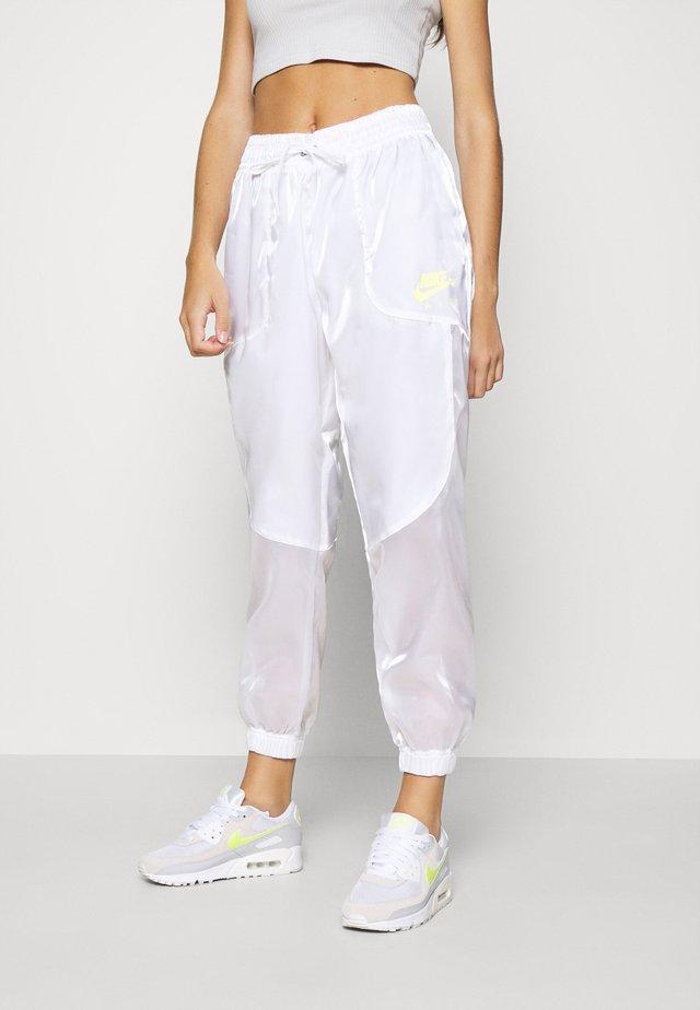 Pantalones deportivos - white/volt