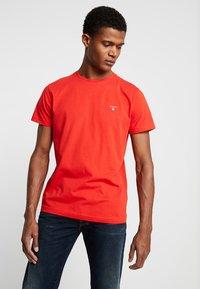 GANT - THE ORIGINAL - T-shirt - bas - blood orange - 0