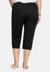 Sheego - Shorts - black - 2