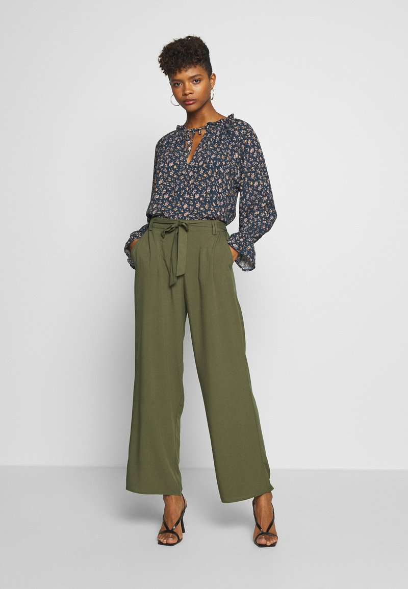 ONLY - ONLNOVA LIFE PALAZZO PANT SOLID - Trousers - grape leaf