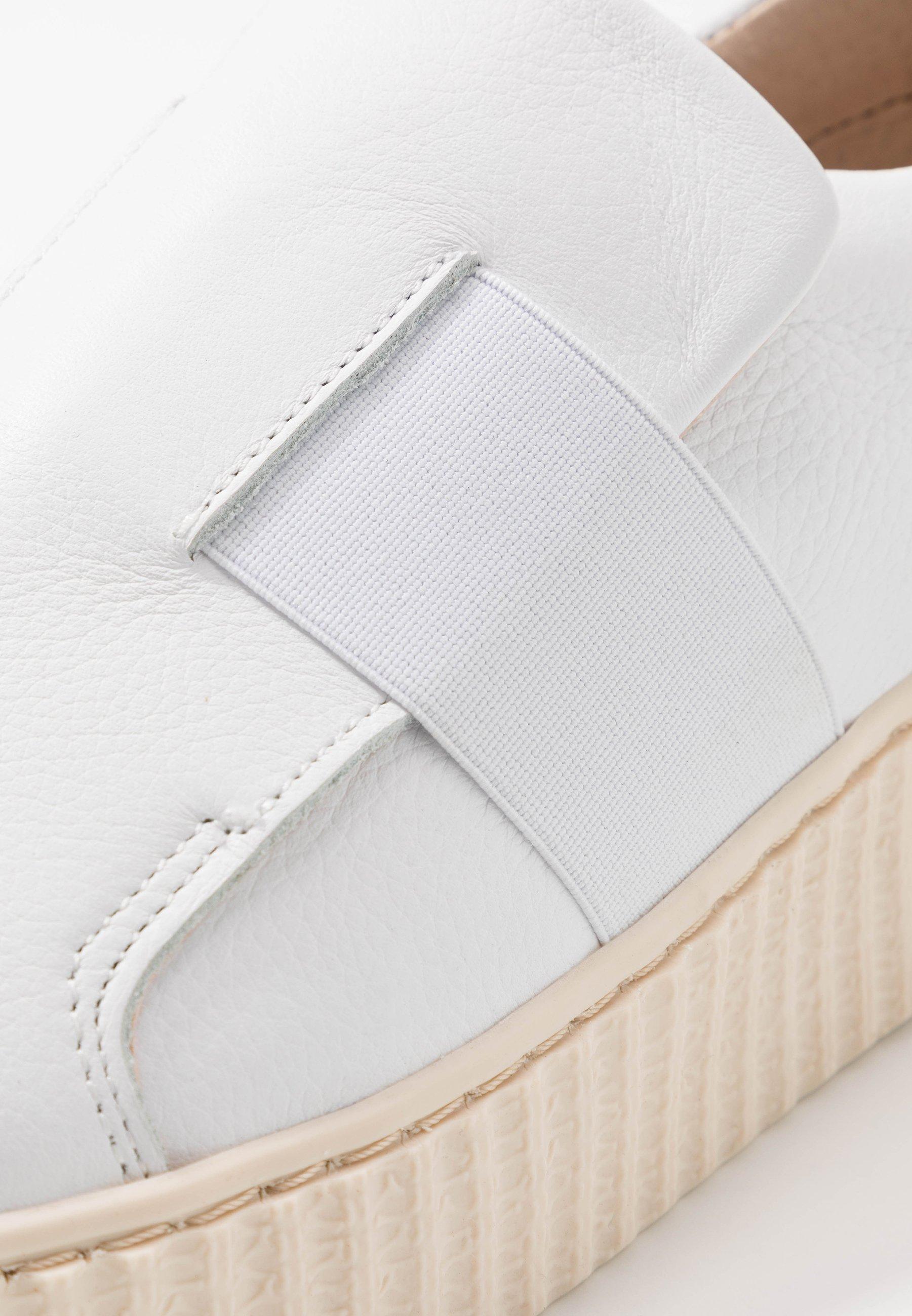 Zign Slipper white/weiß