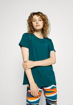 T-shirts - teal