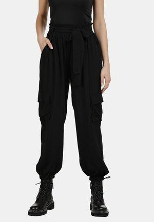 DREIMASTER CARGOHOSE - Cargo trousers - black