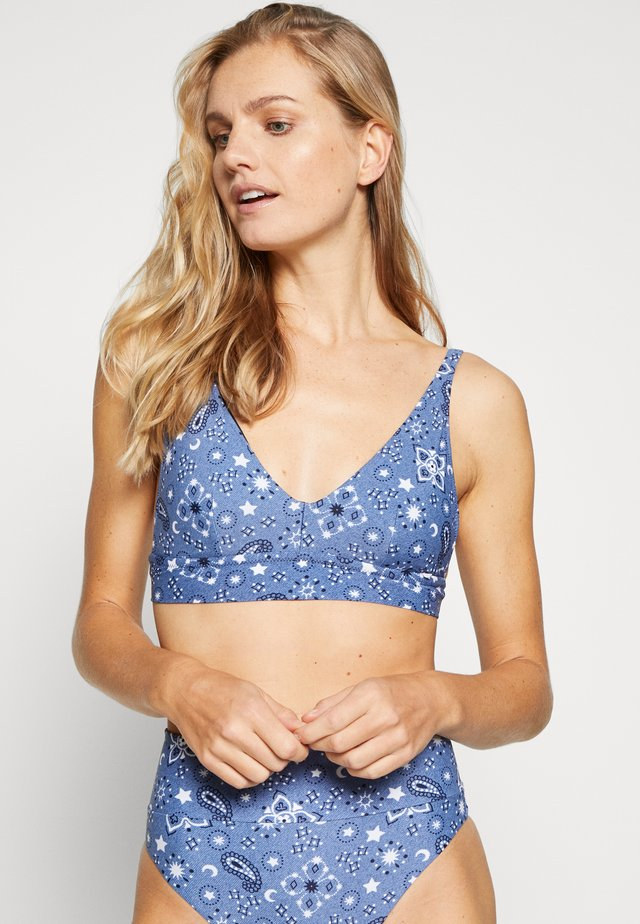 LONGLINE V SCOOP PRINTED - Bikini top - marbled blue