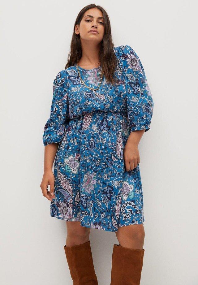 PLUMAS - Robe chemise - blue