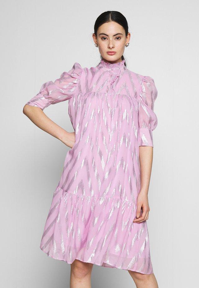 LIVADRESS - Skjortekjole - pink glitter