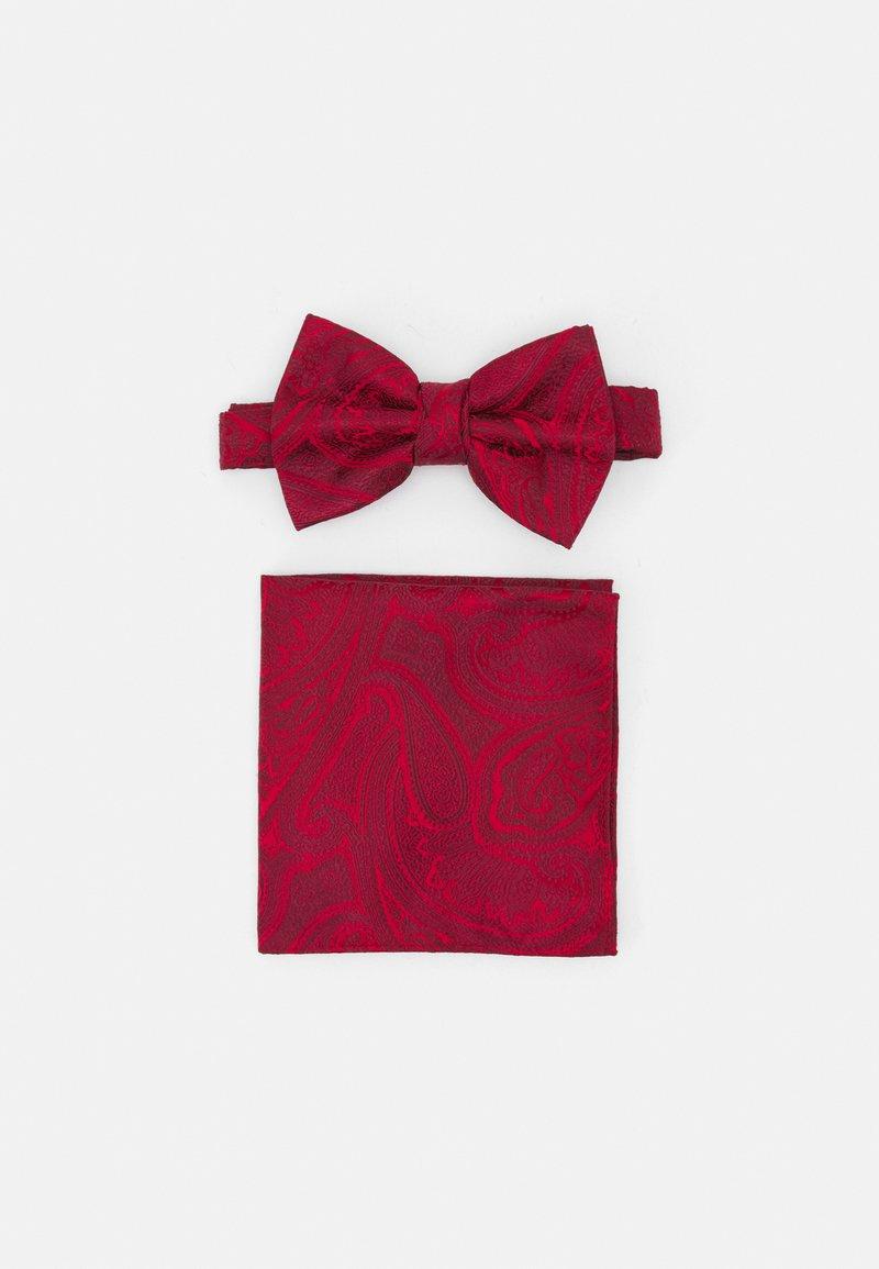 Burton Menswear London - PAISLEY BOWTIE AND HANKIE SET - Rusetti - red