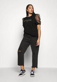 River Island Plus - J'ADORE - Camiseta estampada - black - 1