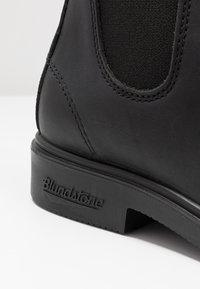 Blundstone - 063 DRESS SERIES - Classic ankle boots - voltan black - 2