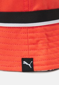 Puma - BASKETBALL BUCKET HAT - Chapeau - fiery coral - 2
