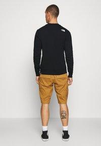 The North Face - STANDARD CREW - Sweatshirt - black - 2