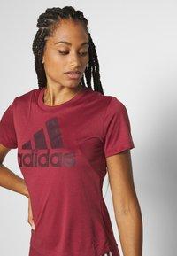 adidas Performance - LOGO TEE - Print T-shirt - legred/maroon - 4