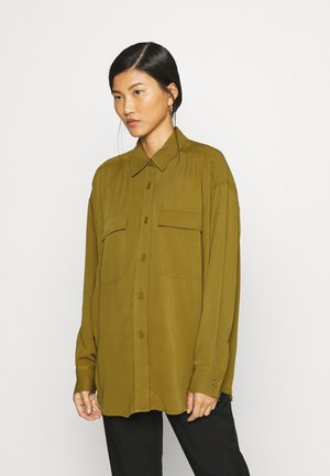BLOUSE ESMERALDA - Button-down blouse - ivygreen