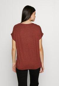 ONLY - ONLMOSTER ONECK - T-shirt basic - henna - 2
