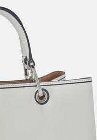 Emporio Armani - MYEABORSA SHOPPING SET - Tote bag - bia/rosa/navy - 5