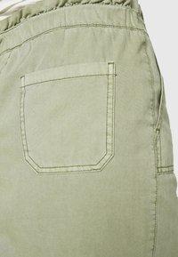 Esprit - SKIRT - Spódnica mini - khaki - 3