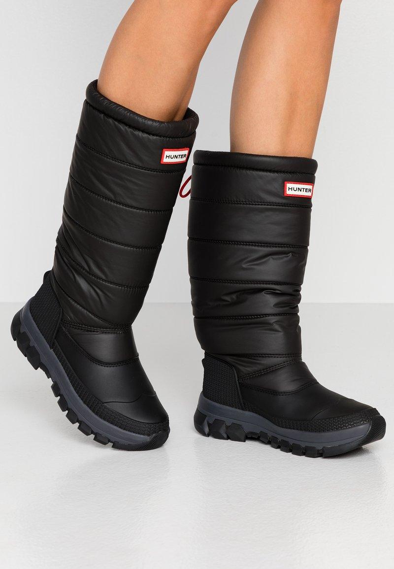 Hunter ORIGINAL - WOMEN'S ORIGINAL INSULATED TALL - Zimní obuv - black