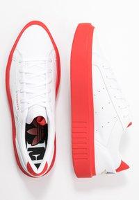 adidas Originals - SLEEK SUPER  - Trainers - footwear white/red/core black - 3