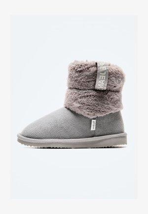PLUSH - Snowboots  - grey