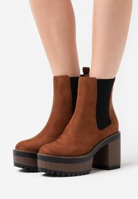 Even&Odd Wide Fit - High heeled ankle boots - cognac - 0