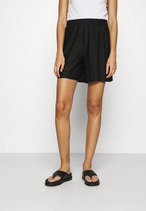 SLFTERLE PLISSE - Shorts - black
