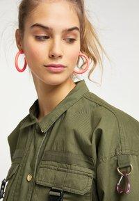 myMo - UTILITY  - Light jacket - militär grün - 3