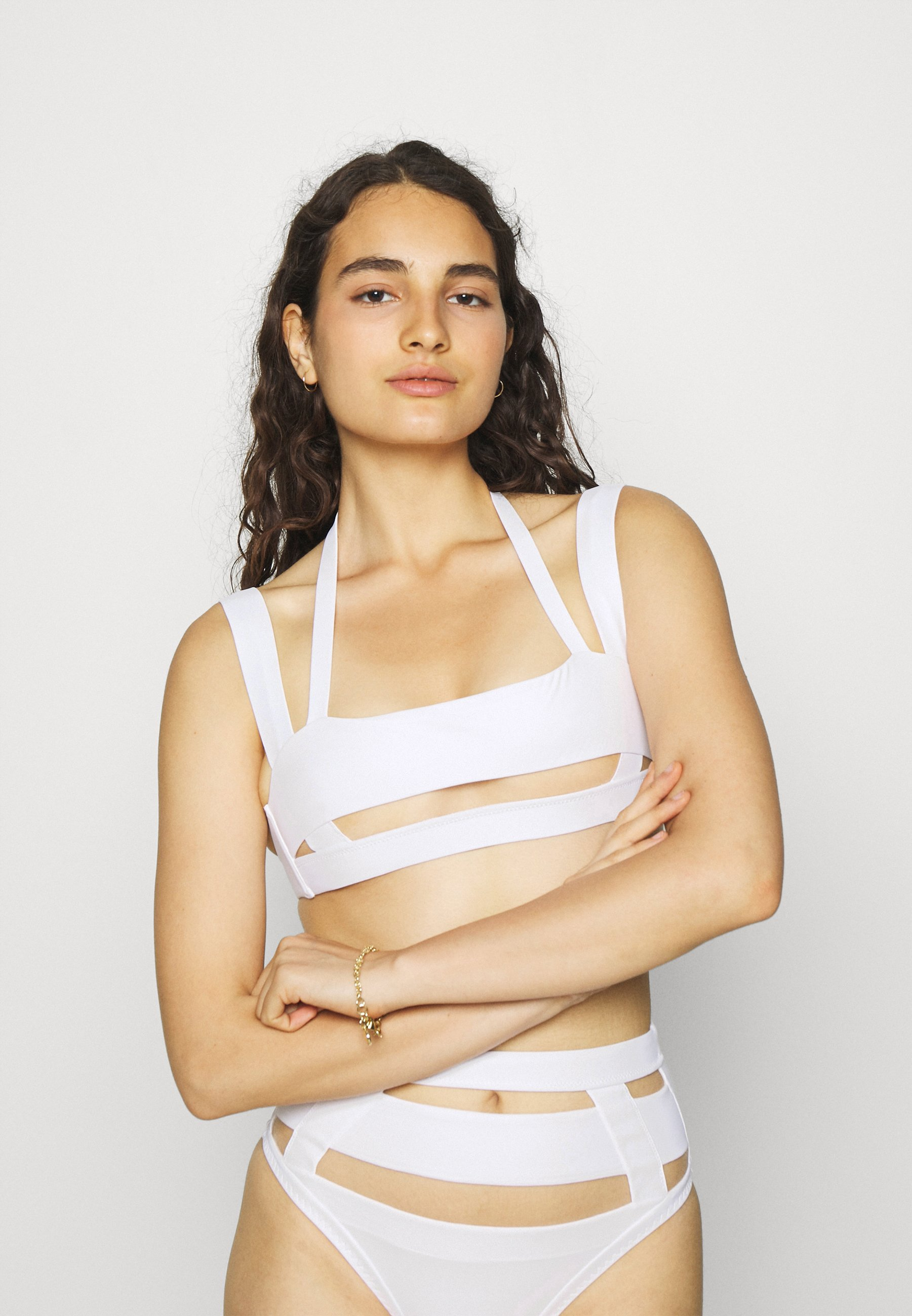 Women FYNLEE BRA WHITE - Bikini top