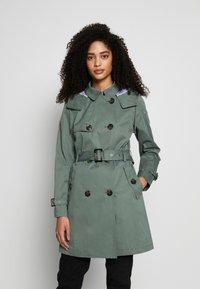 Esprit - CLASSIC - Trenchcoat - khaki green - 1