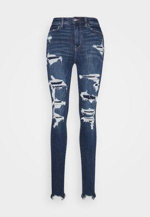 SUPER HI RISE  - Jeans slim fit - shadow patched blues