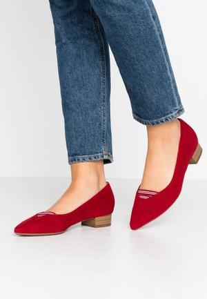 ADINE - Classic heels - lipstick sport