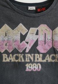 Pimkie - AC/DC - T-shirt imprimé - dunkelgrau - 3