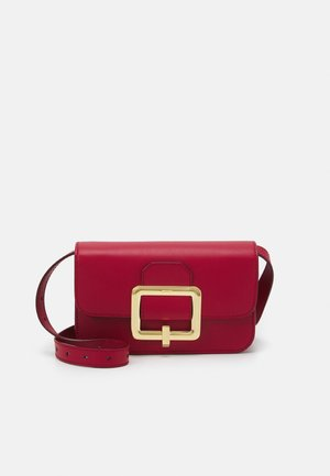 JANELLE MINI BAG - Torba na ramię - lipstick/yellow gold-coloured