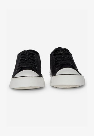 ICON SHIMMER - Sneakersy niskie - black