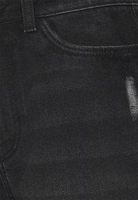 Noisy May Tall - NMSMILEY - Szorty jeansowe - black denim - 2