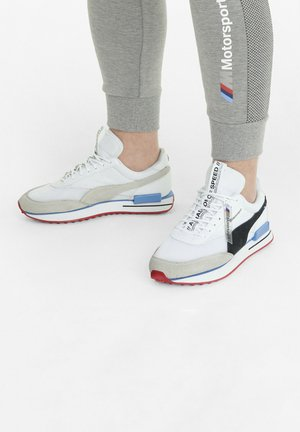 Sneakers laag - p white-p black-highrisk red
