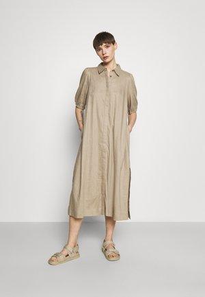 YASBECCA DRESS - Shirt dress - chinchilla