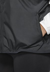 Nike Sportswear - PLUS - Summer jacket - white/black - 3
