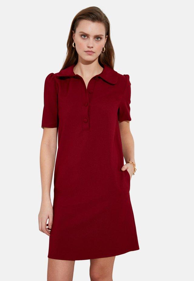 Vestido camisero - burgundy