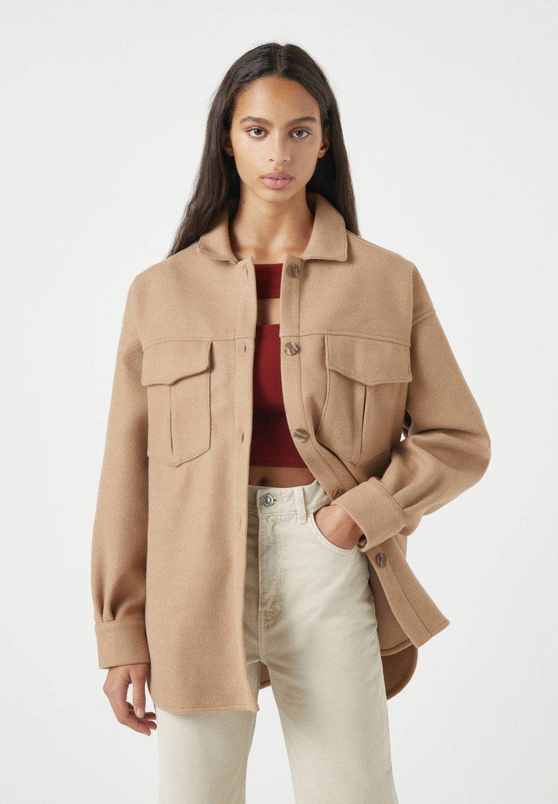 PULL&BEAR - Button-down blouse - brown