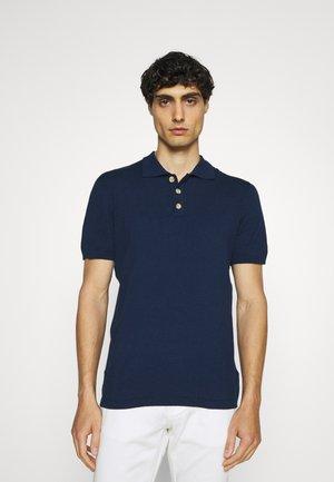 VALBORG - Poloshirt - insignia blue