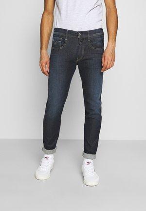 ANBASS HYPERFLEX RE-USED - Jeans Slim Fit - dark-blue denim
