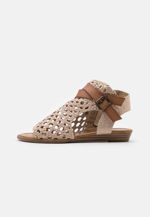 VEGAN BALLA - Ankle cuff sandals - gold draped