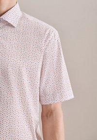 Seidensticker - BUSINESS REGULAR - Shirt - rot - 3