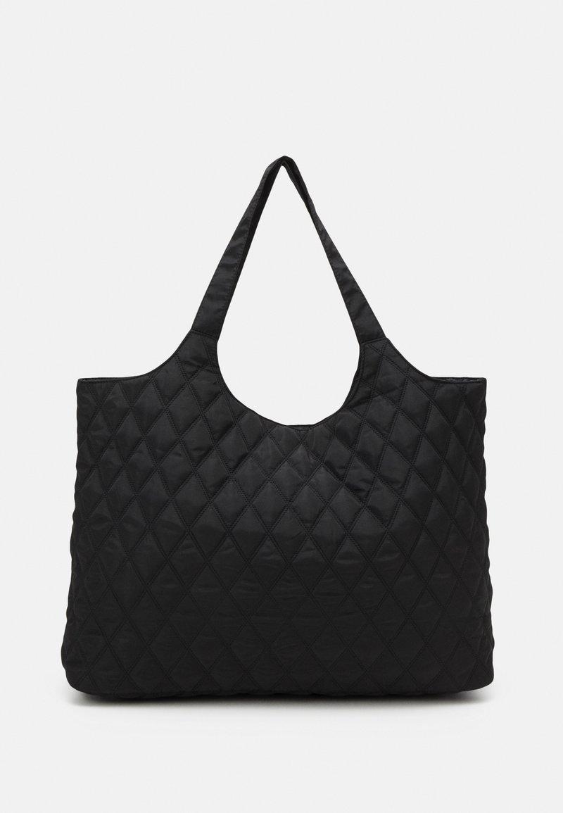 Pieces - PCDOLLI WEEKEND BAG - Weekend bag - black
